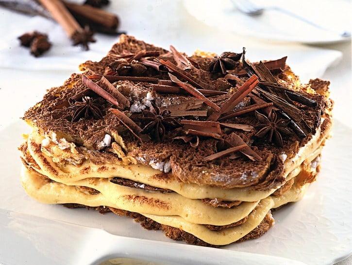 Millefoglie di Panettone con gocce di cioccolato